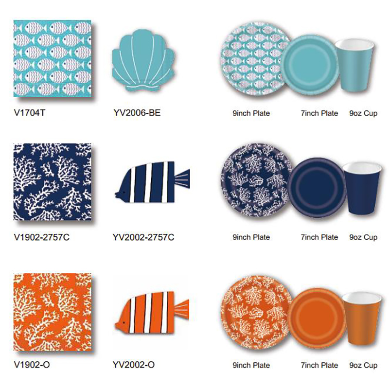 Party favor items with serviette, paper plates and cups